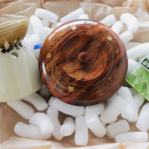 Handicraft Gift set with soap, oil candle burner and wood underset